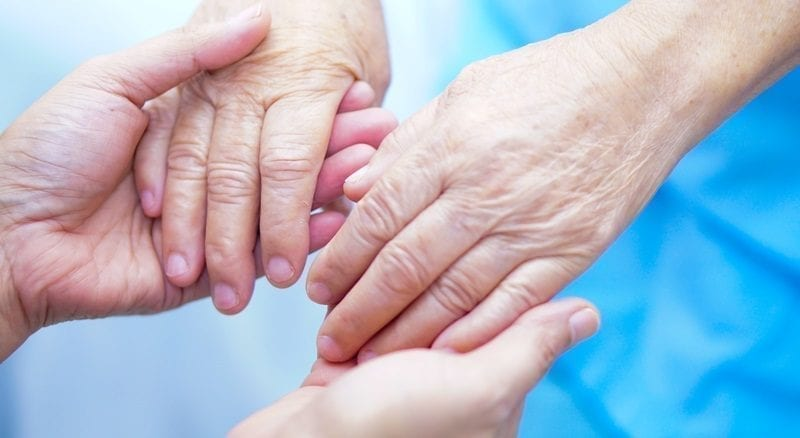 Young and old hands: ID 111535515 © Chormail | Dreamstime.com