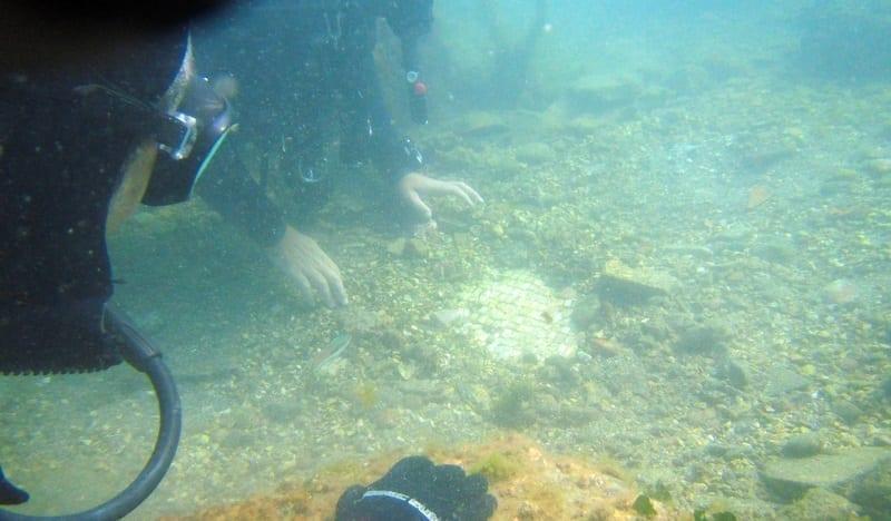 Underwater archaeology off the coast of Italy: ID 39232482 © Danilo Mongiello   Dreamstime.com