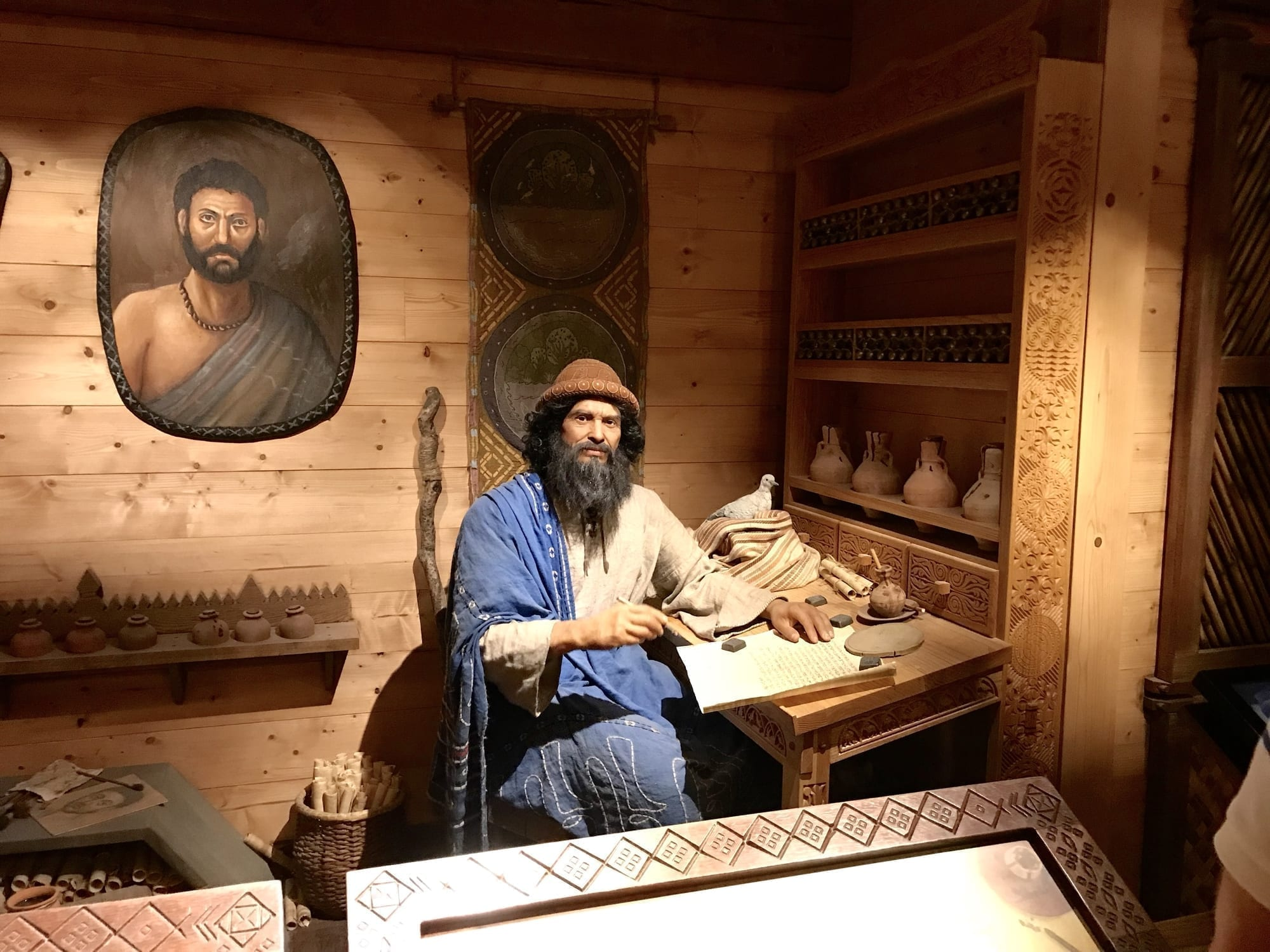 Noah figure at the Ark Encounter: D 109871529 © Linda Johnsonbaugh | Dreamstime.com