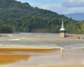 Church drowning in flooded lake: ID 90240902 © Remus Cucu | Dreamstime.com