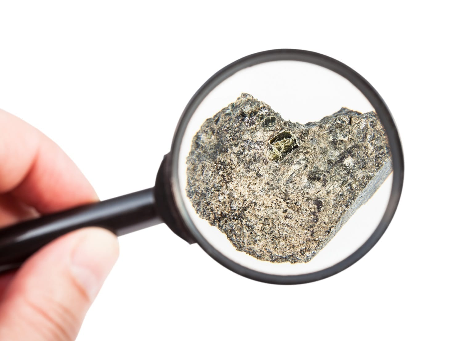 Rock sample under a magnifying glass: ID 105508360 © Vvoevale | Dreamstime.com