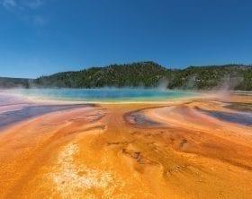 Grand Prismatic Springs: ID 135747258 © Jgorzynik | Dreamstime.com