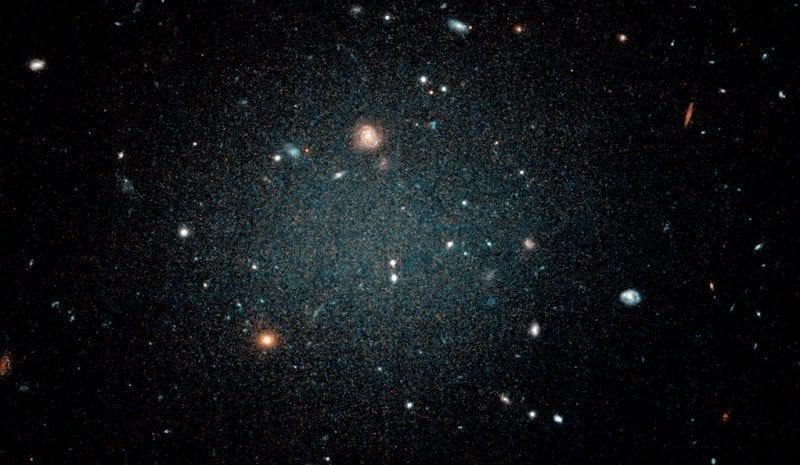 NASA-galaxy NGC 1052 DF2