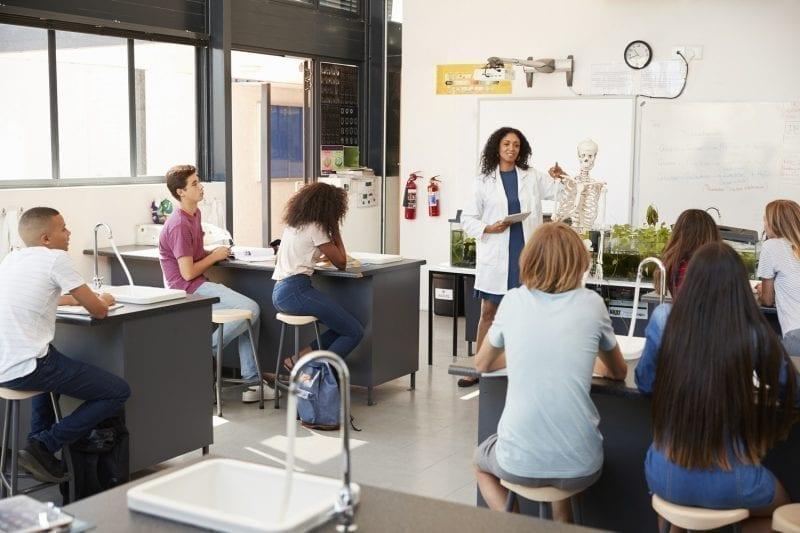 High school classroom: ID 99967216 © Monkey Business Images | Dreamstime.com