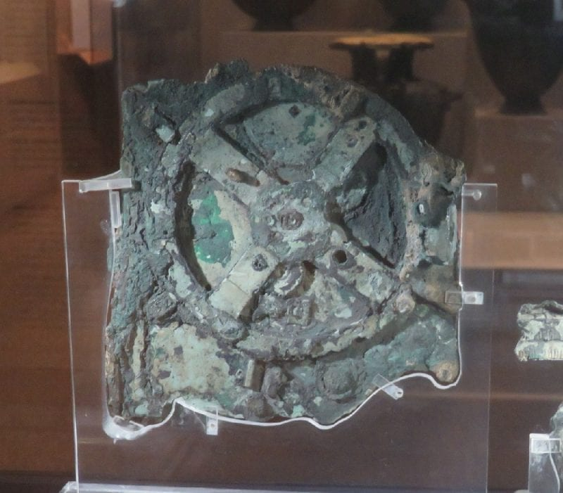 Antikythera Mechanism on display: ID 128270807 ©   | Dreamstime.com