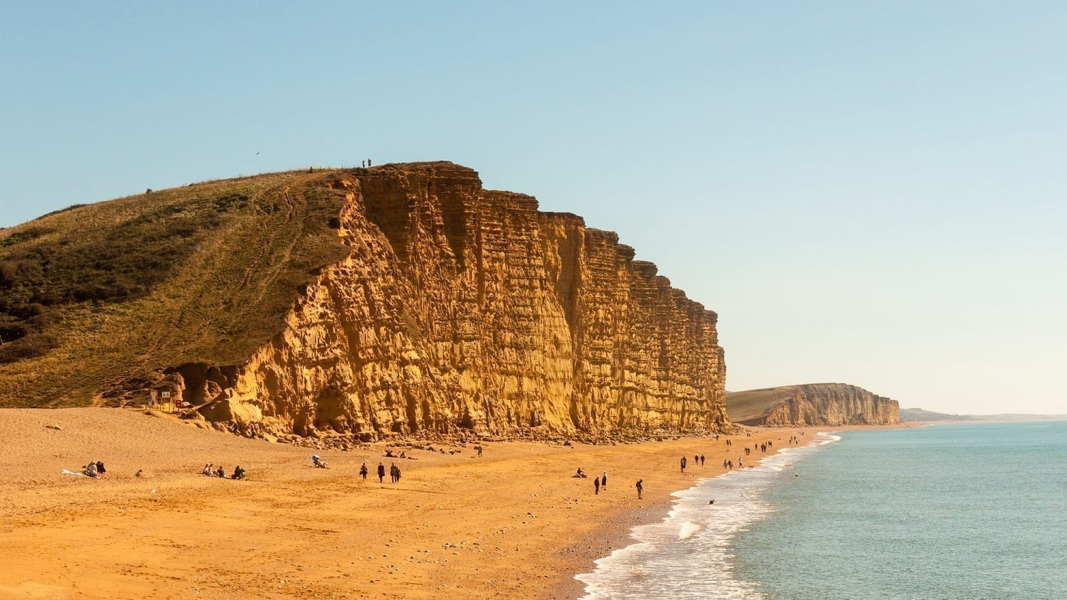 Charmouth, England cliffs: ID 130546288 © Callum Redgrave Close | Dreamstime.com