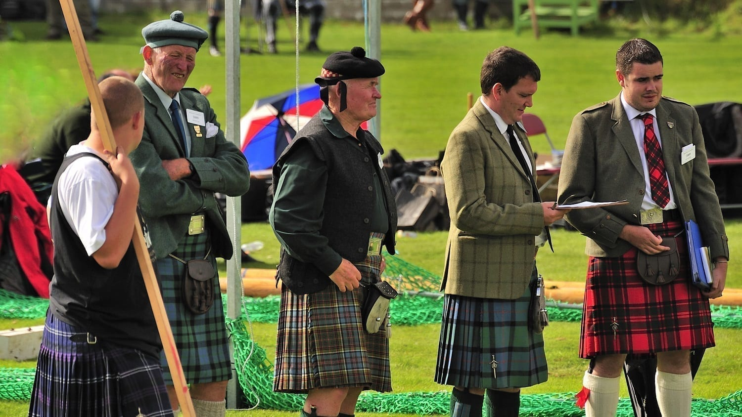 Group of Highland Games officials: Photo 30358268 © Bobbrooky | Dreamstime.com