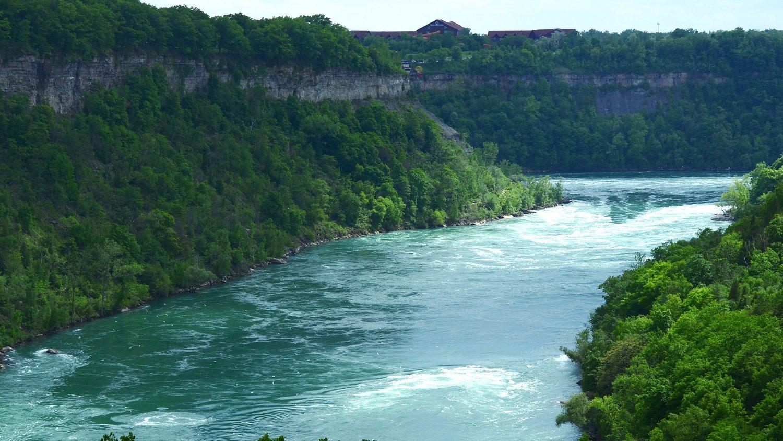 Niagara gorge: Photo 186156166 © Akvals | Dreamstime.com